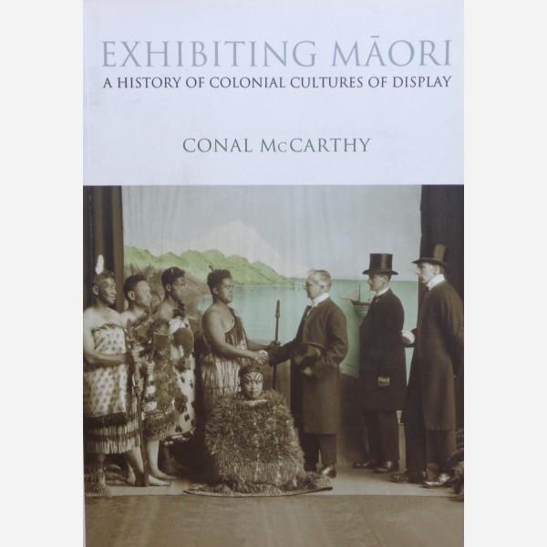 Exhibiting Maori